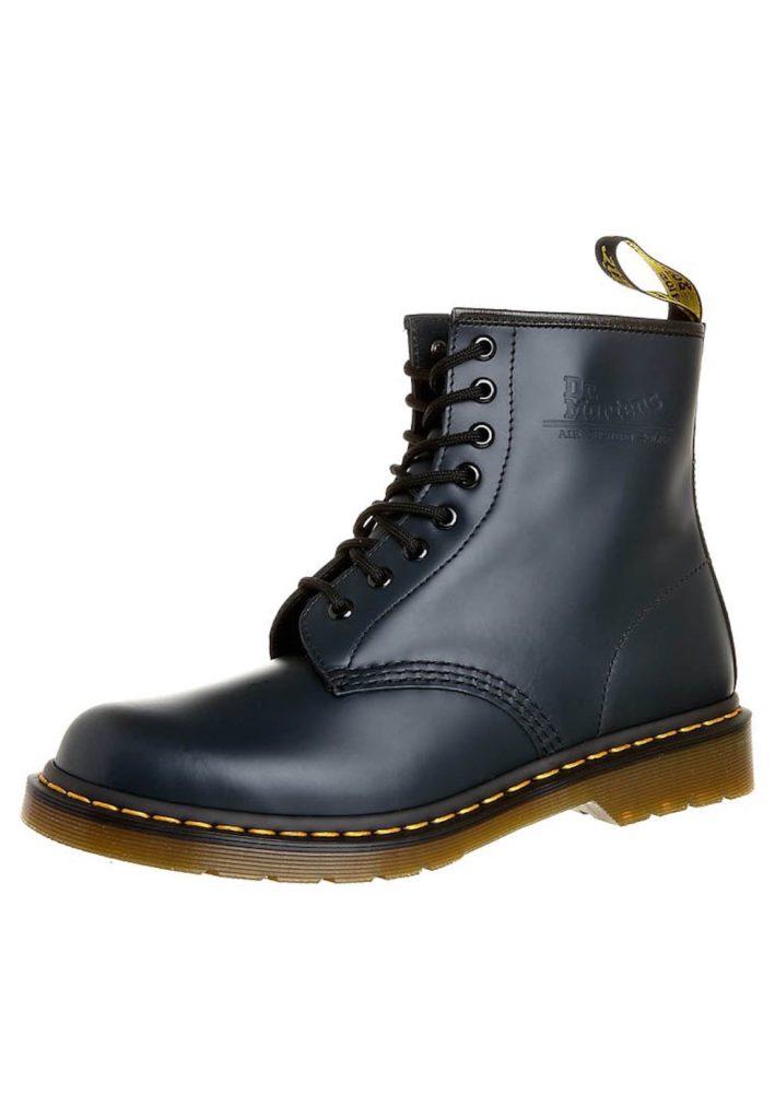 Kan een lerares Dr. Martens boots dragen?