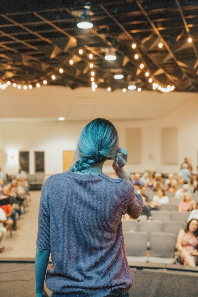 Catch the attention: laat je kleding je publiek niet afleiden van de inhoud